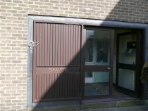 Saville - front door and name dn
