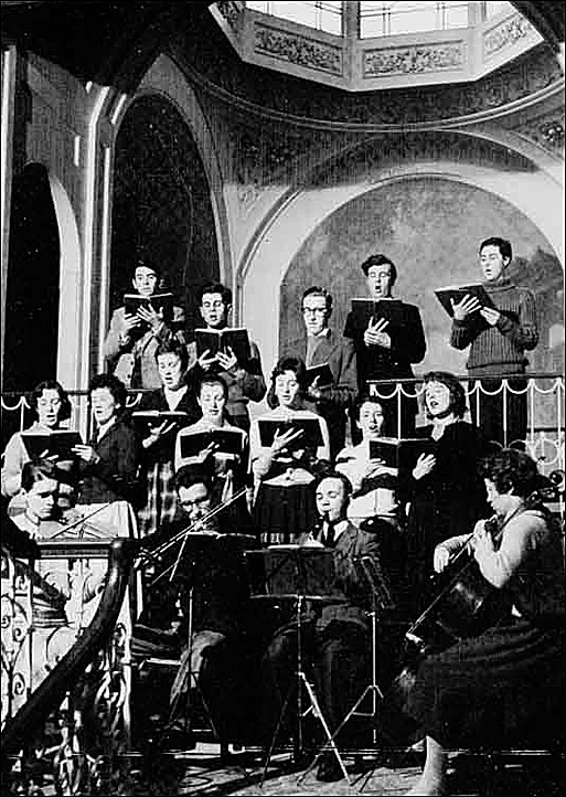 Mozart's 'Ave Verum' – 1959. (David Wigley on back row - extreme right)