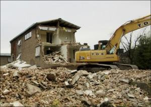 Demolition of Dearne Hostel - 2017