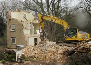 Demolition of Swithen Hostel - 2017